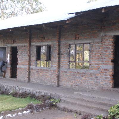 Verwaltung und Klassenraum (2009)